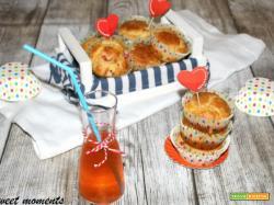 Muffin con peperoni e parmigiano