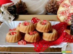 Ciambelline al succo di melagrana e vaniglia senza glutine né lattosio