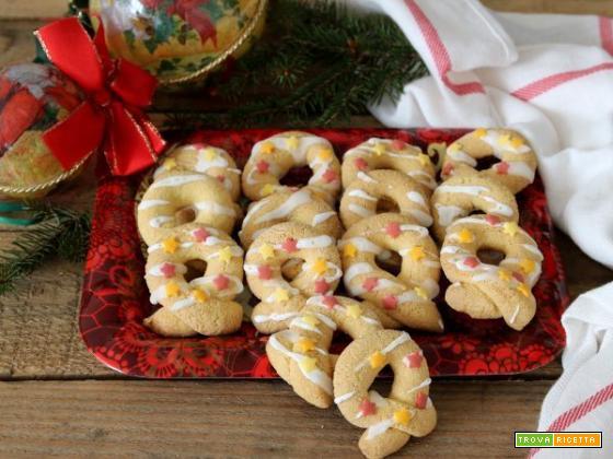 Ciambelline glassate, ed è presto Natale!