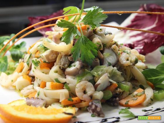 Insalata di mare: Ricetta veloce e gustosa