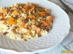 Cous cous di mais con lenticchie e zucca