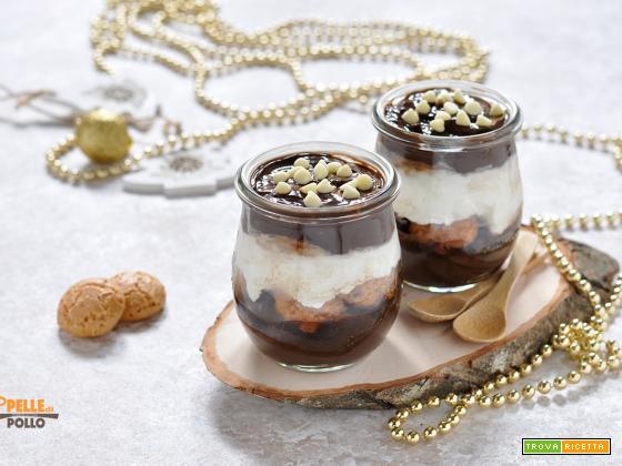 Coppette con crema al cioccolato e ricotta
