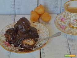 Profiterol al cioccolato