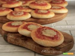 Pizzette rosse ricetta veloce