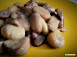 Gnocchi con funghi porcini