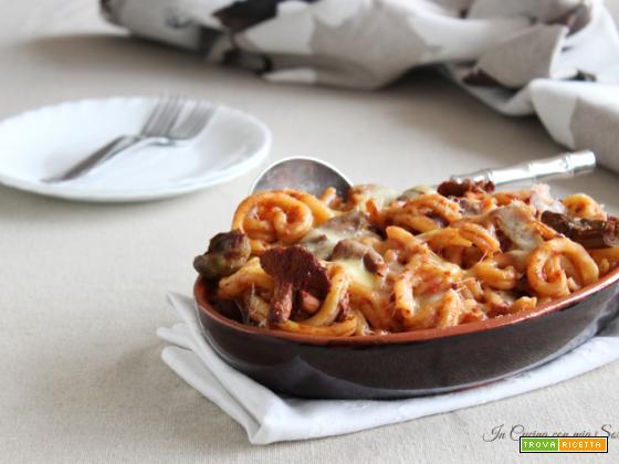 Pasta al forno con carciofi e finferli