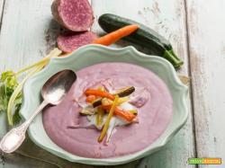 Crema di patate viola con verdure caramellate, il non plus ultra della bontà