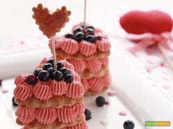Millefoglie ai mirtilli e fragole per San Valentino