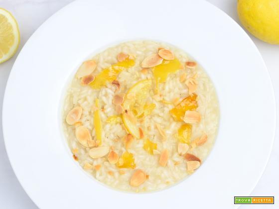 Risotto alle mandorle e limone caramellato