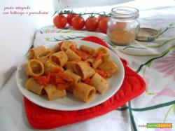 Pasta integrale con bottarga e pomodorini