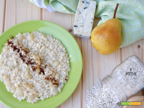 Risotto liquirizia, pere e gorgonzola