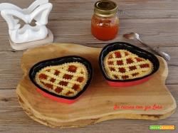 Crostatine di San Valentino con marmellata