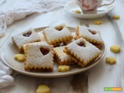 Biscotti di frolla ai lamponi