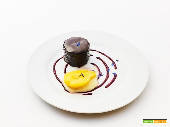 19 febbraio torta al cioccolato senza zucchero con glassa a specchio