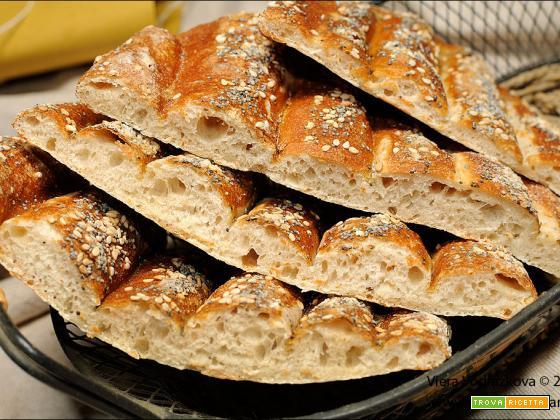 Nan-e-Barbari, pane piatto iraniano con pasta madre