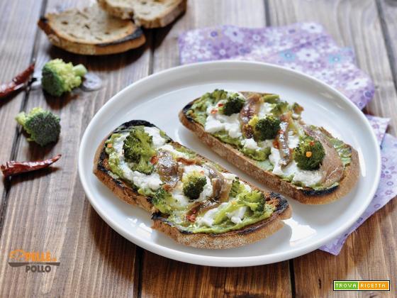 Crostoni con broccoletti e acciughe