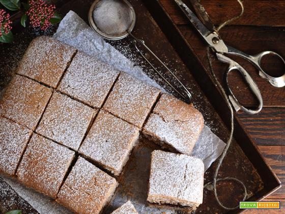 Torta di grano saraceno e confettura di ciliegie