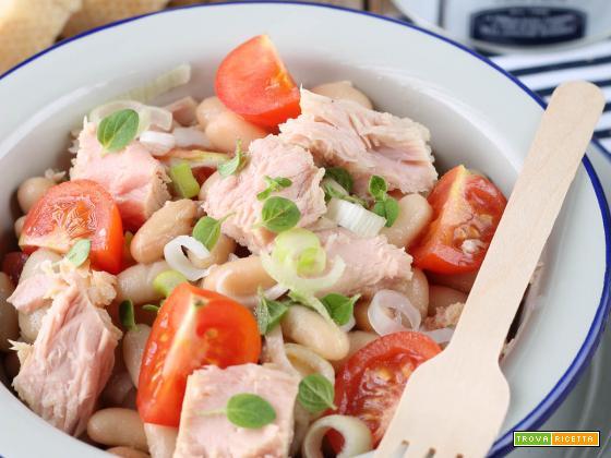 Insalata fagioli, tonno rosa, cipollina fresca e origano