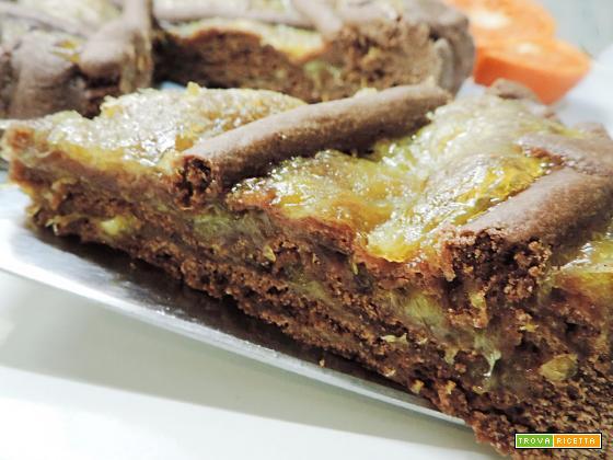 Crostata a strati al cacao con marmellata di arance