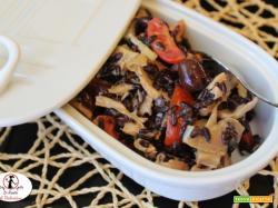 Insalatina termina avanzi, pollo, riso venere, verdurine e senape al miele. Perfetta come schiscetta