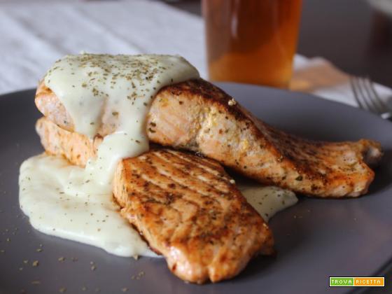 Salmone con salsa champ: ricetta tipica irlandese
