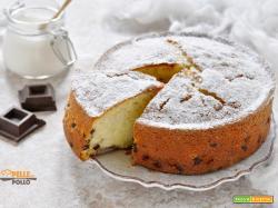 Torta soffice con panna e cioccolato
