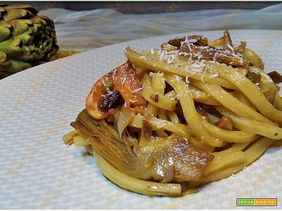 Pasta con carciofi e funghi | ricetta facile