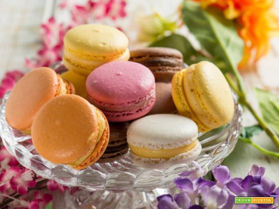 I colorati macarons ripieni di bontà… Prepariamoli!