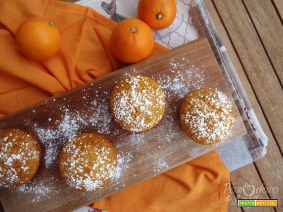 Muffin al cocco con cuore di arancia e cioccolato