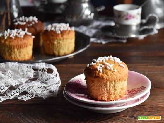 Muffin al cocco e farina di grano saraceno