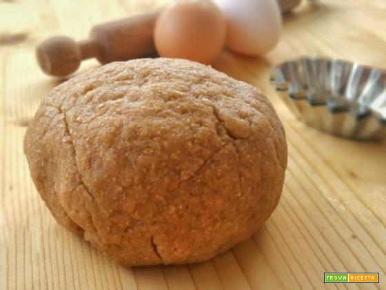 Pasta frolla integrale all'olio senza burro e senza lievito
