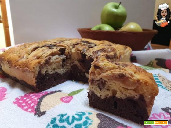 Torta di mele panna e cacao