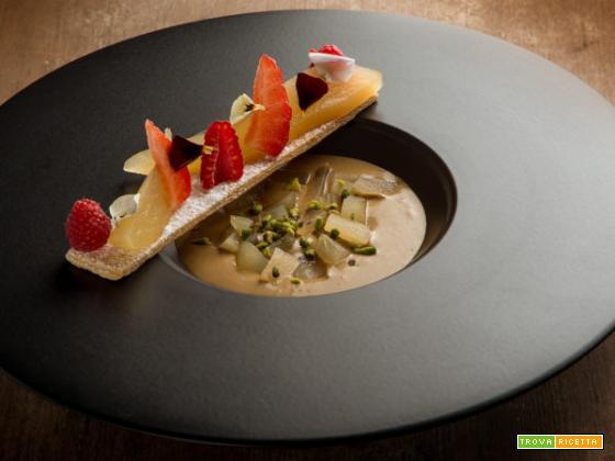 Pere al rosmarino caramellate, un eccezionale dessert da proporre a tavola