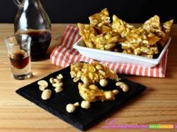 Dolce americano: peanut brittle