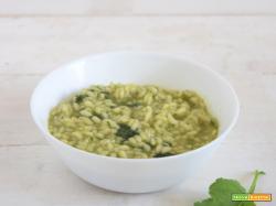 Risotto alle foglie di ravanello e zucchine
