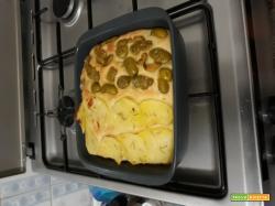 Focaccia bigusto di patate e olive