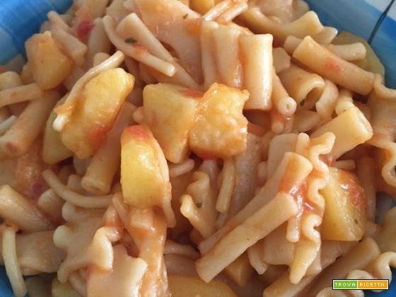 Pasta e patate gustosa con pentola Crafond®