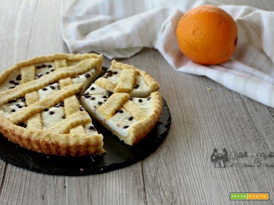 Crostata all'arancia con crema ricotta e cioccolato senza uova