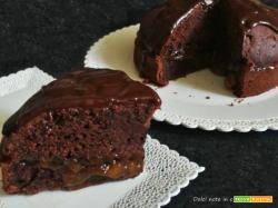 TORTA MORBIDA al cioccolato e marmellata