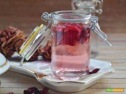 Aceto di mele al profumo di rose