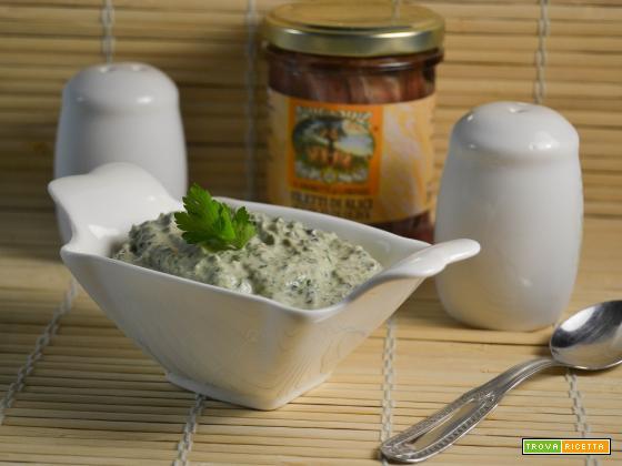 Salsa ai capperi e olive
