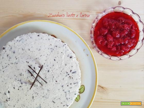 Cheesecake di ricotta e cioccolato senza cottura