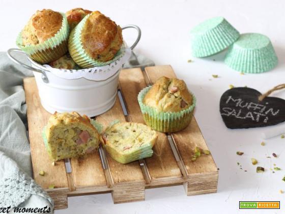 Muffin al pistacchio con mortadella e scamorza