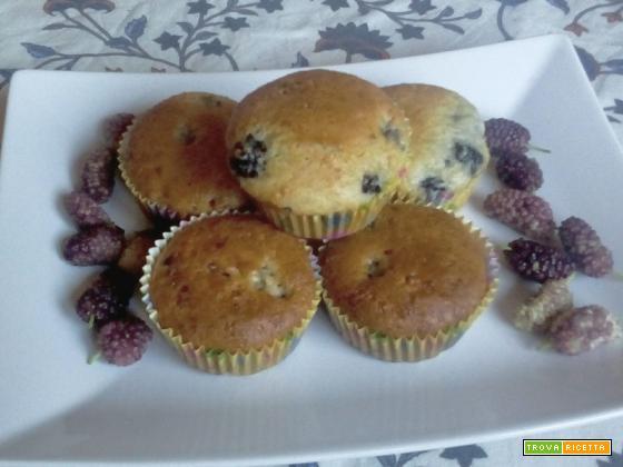 Muffin alle more senza uova e burro soffici