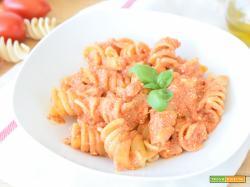 Pasta con Ricotta e Pomodoro – ricetta facile e cremosa