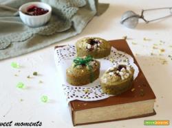 Biscottoni morbidi al pistacchio e frutti di bosco