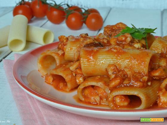 Pasta con ragù di pesce