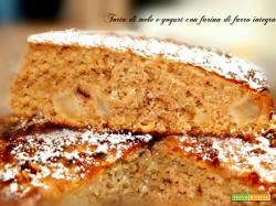 Torta di mele con farina di farro integrale e yogurt