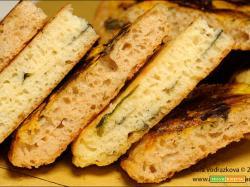 Focaccia in padella senza glutine a due gusti