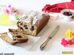 Plumcake allo yogurt e frutti di bosco